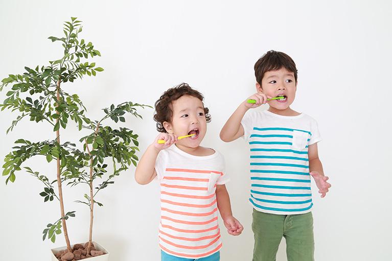 カリエスフリーを目指す、お子さんの歯科予防